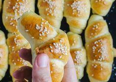 Doughnut, Hamburger, Bread, Desserts, Food, Tailgate Desserts, Deserts, Brot, Essen
