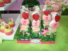Pops at a Strawberry Shortcake Party #strawberryshortcake #pops