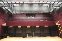 De kleine zaal, waar een uitschuifbare tribune in komt! (Rondje bouw 23-05-2014)