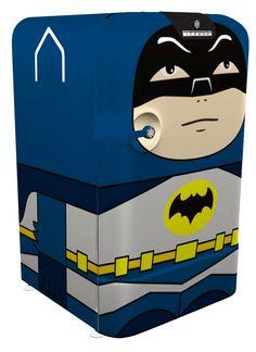 Mini Icebox Batman • Designed by Cia Vintage