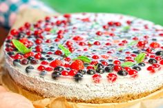 Makový cheesecake s ovocem Cheesecakes, Food And Drink, Recipes, Cheese Pies, Cheesecake, Cherry Cheesecake Shooters, Recipies, Recipe