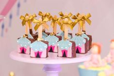 Carousel Birthday Parties, Circus Birthday, Cool Birthday Cakes, 2nd Birthday Parties, Funny Birthday, Circus Party Decorations, Carnival Themed Party, Birthday Cards For Girlfriend, Birthday Gifts For Her
