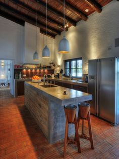 Concrete kitchen countertops and the lighting Outdoor Kitchen Countertops, Concrete Kitchen, Concrete Countertops, Concrete Bench, Country Kitchen, New Kitchen, Kitchen Modern, Kitchen Rustic, Awesome Kitchen