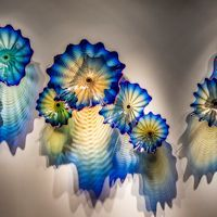 Exhibitions - Dale Chihuly: CHIHULY - Talley Dunn Gallery