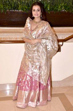 Tissue dupatta Lehenga Designs, Saree Blouse Designs, Indian Wedding Outfits, Indian Outfits, Indian Attire, Indian Wear, Pakistani Dresses, Indian Dresses, Indian Designer Suits