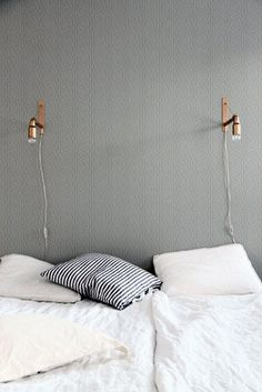 Minimalist Bedroom Decor Ideas - Modern Designs for Small Bedroom On a Budget. This is what a minimalist bedroom is all about. By keeping things as simple as possible without compromising the essential, you will get the most of it. Home Bedroom, Bedroom Decor, Bedrooms, Bedroom Lighting, Gray Bedroom, Bedroom Ideas, Master Bedroom, Trendy Bedroom, Bed Ideas