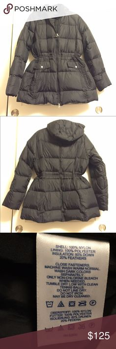 "🎉Make an offer! 🎉 Lands End Puffer Lands End winter puffer jacket, 80%down, two side pockets, 2 front pockets, removable snap button hood, interior drawstring waist, NWOT, never worn! Size XL (18/20) Measures 31"" +-from top of shoulder. Zip front. Lands' End Jackets & Coats Puffers"