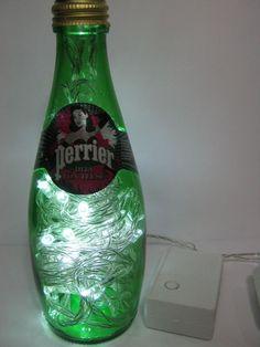Luminária Perrier Burlesque (com Dita Von Teese - edição limitada) R$69.99