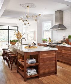 Modern Walnut Kitchen Cabinets Design Ideas 42 12 Lovely Rustic Kitchen decor you might build for your home Rustic Kitchen Design, Home Decor Kitchen, New Kitchen, Home Kitchens, Kitchen Ideas, Kitchen Wood, Kitchen White, Farmhouse Kitchens, Kitchen Modern