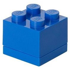 Deze blauwe LEGO mini opbergbox is ideaal voor het opbergen van bijvoorbeeld snoepgoed, kleine etenswaren, sieraden en natuurlijk ook voor jouw LEGO steentjes. Deze mini opbergbox is leverbaar in verschillende kleuren. Afmetingen: 4,5 x 4,5 x 4,2 cm.  - Opbergbox Lego MINI: brick 4 blauw