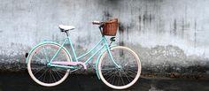 O tom, ako sa slovenské retro bicykle prebojovali do sveta Vintage Bicycles, Leather Accessories, Retro Fashion, Handmade Leather, Retro Style, Retro Styles, Vintage Fashion, Vintage Bikes, Shabby Chic Style