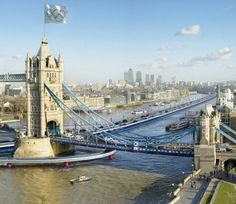 London Olympics to have floating lanes to ease traffic congestion.