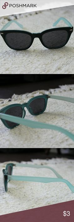 💐Free gift!💐Black sunglasses with bright blue Black sunglasses. Teal trim inside the frame. Light blue sides. Gently used.  💐Free gift!💐 With any purchase $10 or more. (Don't purchase this item if you want it as a free gift! Just bundle the items and let me add the discount before you buy.) Accessories Sunglasses