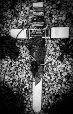 Colin's grave in Northland