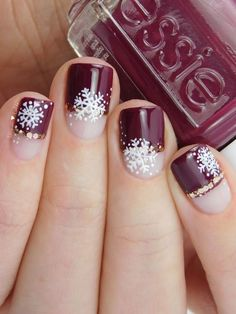 Nails christmas Easy and Eye-catching Christmas Nail Designs; Easy and Eye-catching Christmas Nail Designs; Winter Nail Art, Winter Nail Designs, Short Nail Designs, Christmas Nail Designs, Christmas Nail Art, Winter Nails, Christmas Holiday, Christmas Toes, Winter Holiday