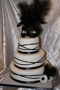 Stunning Masquerade Wedding Theme - The Inspired Bride Masquerade Party Cake, Sweet 16 Masquerade, Masquerade Wedding, Masquerade Ball, Pretty Cakes, Beautiful Cakes, Round Wedding Cakes, Wedding Cake Designs, Wedding Ideas