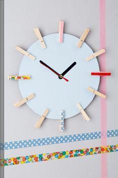 Wir zeigen Euch, wie man eine Uhr ganz einfach selber bastelt!