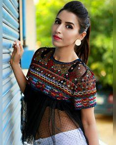 Hey YOU  Love yourself so HARD like no one ever will  #Happy . . . . . . . . #love #sbnloves #stylishbynature #indianfashionblogger #indiantravelblogger #yummy #potd #womensday2017 #womensday #bollywood #girls #boys #fashion #style #ootd #whatiwore #look #lookbook #delhi #mumbaifashion #mumbai #bangalore #bangaloreblogger #dailylook #instago