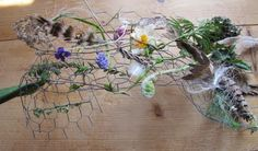 use chicken wire as the base in nature weavings.