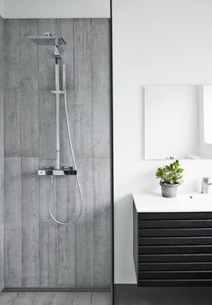 Una favolosa villa in Danimarca - Interior Break Modern Bathroom Design, Bathroom Interior Design, Minimal Bathroom, Modern Bathrooms, Dream Bathrooms, Bathroom Designs, Contemporary Baths, Shower Cubicles, Gray Interior