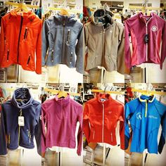Tienda hipica totcavall.com tenemos gran variedad de polares, chaquetas, sudaderas, camisetas termicas y polos de equitación para mujer, hombre y niño.
