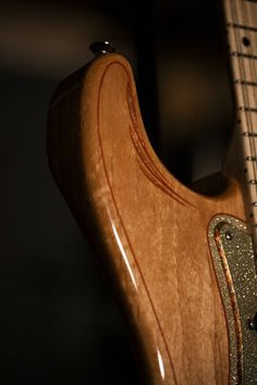"""Strat-type """"Sickle"""" by Perri Ink ~ Strat-O-Blogster Guitar Blog"""