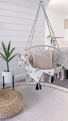 Bedroom Decor For Teen Girls, Cute Bedroom Ideas, Cute Room Decor, Girl Bedroom Designs, Room Ideas Bedroom, Swing Chair For Bedroom, Hammock Swing Chair, Swinging Chair, Rope Hammock