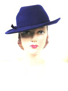 $35 Vintage Blue Womens Fedora Hat