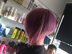 Repost from Niq our Creative Director at @hairbeautyink Still working on bright fashion shade Still trying to perfect the mixture , this is a 10.11 and violet concentrate with silver toner mix applying interior section with neutro violet all with 3.5 will keep everyone updated with longevity! #fanolaculture #fanolaqld #uniquephd #fanolaarmy#hairrbeautyink #fanolaaus #swatching #creativedorector #uniquephd#niq_diamond