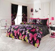 Girls of all ages will love this stylish and colourful Fashion Butterfly Bedding Set. The duvet cover and pillowcase feature a collection of pretty pink, purple and green butterflies set against a black background. Duvet Bedding Sets, Pink Bedding, Luxury Bedding Sets, Bed Duvet Covers, Black Bedding, Duvet Cover Sets, King Comforter, Camo Bedding, Turquoise Bedding