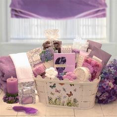Healing Spa Basket features a bath loofa, aromatherapy pillar candle, floral bath soaps, body butter Themed Gift Baskets, Wine Gift Baskets, Raffle Baskets, Diy Gifts For Mom, Homemade Gifts, Spa Basket, Basket Ideas, Hamper Ideas, Basket Gift