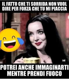 -Quello che non dico. Funny Chat, Funny Jokes, Hilarious, Melanie Martinez, Funny Photos, Funny Images, Italian Memes, Twisted Humor, Parenting Humor