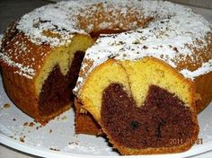 Babka - wilgotna i dobra (na oleju) Helen Recipe, Polish Cookies, Babka Recipe, Polish Recipes, Polish Food, Pumpkin Cheesecake, Food Cakes, Piece Of Cakes, Pound Cake