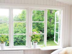härligt. This Old House, Sunroom, Old Houses, Scandinavian, Windows, Bones, Exterior, Google, Houses