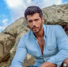 Denim Button Up, Button Up Shirts, Cartoon House, Kirk Douglas, Turkish Actors, Gorgeous Men, Beautiful, Actors & Actresses, Istanbul