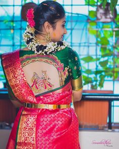 Are you planning to shop designer silk sarees? Here are 15 irresistible designs and trends that you need to check out for great saree ideas. Sari Blouse Designs, Fancy Blouse Designs, Bridal Blouse Designs, Blouse Patterns, Designer Silk Sarees, Stylish Blouse Design, Saree Blouse, Blouse Neck, Work Blouse