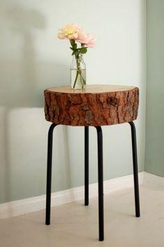 vintage stil metall füße Tisch aus Baumstamm