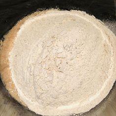 Pâine integrală cu semințe, rețetă simplă și rapidă – Chef Nicolaie Tomescu Desserts, Food, Projects To Try, Meal, Deserts, Essen, Hoods, Dessert, Postres