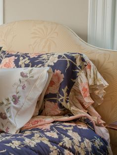 Surround yourself with the beauty of timeless prints and old-fashioned fabrics for a life filled with feminine beauty. The Rose Nouveau is nothing short of a contemporary classic—soothing amethyst ackground set behind tender pastels influenced by elegant French design.