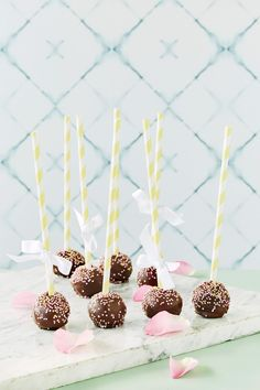 Brownie-cakepops - K-ruoka Candy Cookies, Cute Cakes, No Bake Cake, Cake Pops, Food And Drink, Happy Birthday, Sweets, Baking, Party