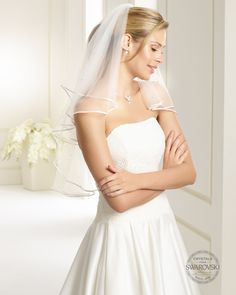 Two-layered veil with a plain satin edge. Timeless, chic design for the most beautiful day in life. Handcrafted with 40 Swarovski rhinestones. Tulle Wedding, Wedding Gowns, Ivory Wedding, Designer Wedding Dresses, Bridal Dresses, London Bride, Ivory Veil, Swarovski, Satin
