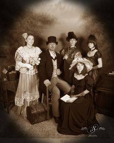 What a proper formal old timey family at Silk's Saloon Olde Tyme Photos in Glenwood Springs, CO at Glenwood Caverns Adventure Park