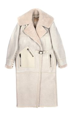 This dark sand leather Loewe coat features tonal shearling lining, a notched collar, exposed zip hip pockets, lace-up detail at the cuffs and a self-buckle half belt at the front. Winter Trends, Sheepskin Coat, Shearling Coat, Fur Coat, Oversized Coat, Winter Wardrobe, Winter Coat, Coats For Women, Trendy Outfits