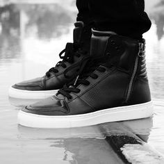 B  W ADONIS Black 3D CreativeRecreation CRFA15  reubencphotography