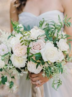 Cool 28+ Best Blush wedding bouquets https://weddingtopia.co/2018/03/04/28-best-blush-wedding-bouquets/ If it comes to selecting your wedding flowers, the most significant feature is the bouquet