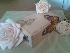 Hand Painted Wooden Box With vintage Details. by Tinascraftsforyou, Painted Wooden Boxes, Hand Painted, Diy Painting, Decorative Boxes, Arts And Crafts, Craft Ideas, Canvas, Unique Jewelry, Handmade Gifts