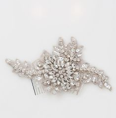 Snippets, Whispers and Ribbons – 5 Perfect Hair Accessories for a Vintage Bride
