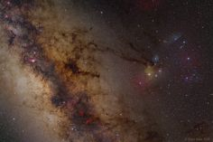 A Wide Field Image of the Galactic Center