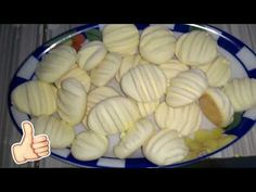 YouTube Carne, Cooking Tips, Baking Recipes, Biscuits, Almond, Garlic, Food And Drink, Dairy, Gluten