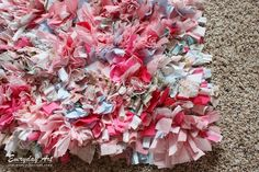 DIY Handmade Rag Rug Tutorial by Everyday Art